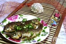 家常烤鲫鱼的做法【图】烤鲫鱼的家常做法大全