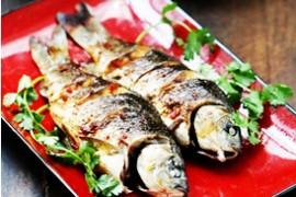 合肥哪里有学烤鱼的学校?香辣烤鲫鱼的做法大全