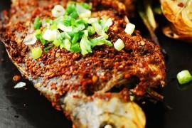 烤鲫鱼的做法大全_烤鲫鱼的家常做法怎么做好吃