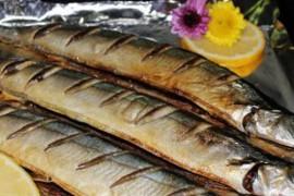 盐烤秋刀鱼的做法大全_盐烤秋刀鱼的家常做法怎么做好吃