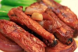 蒜蓉酱烤排骨的做法_蒜蓉酱烤排骨的家常做法大全怎么做好吃