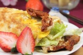 烤肉沙拉早餐卷的做法_烤肉沙拉早餐卷的家常做法大全怎么做好吃