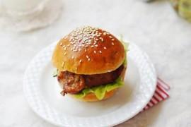 烤鸡腿汉堡的做法_烤鸡腿汉堡的家常做法大全怎么做好吃